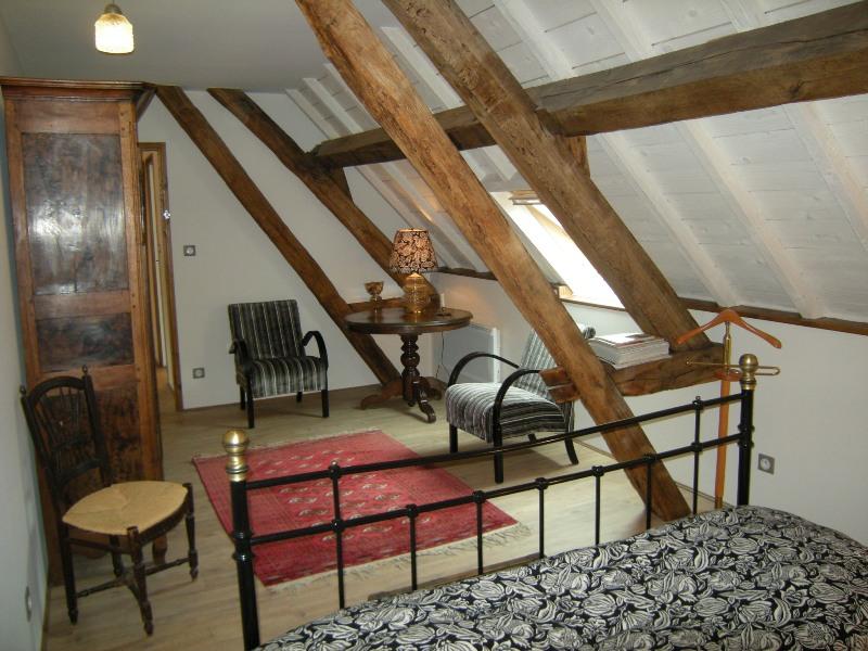 Chambre avec lit double2
